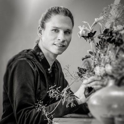 Portrait Felix Geiling Rasmus Meisterflorist Blütesiegel Frankfurt