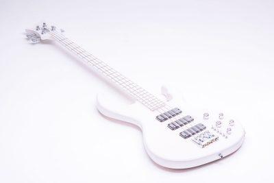 Löwenherz Bass